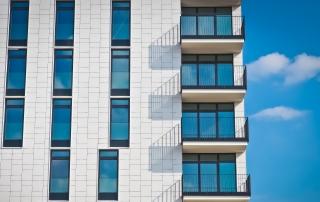 Prima casă vs. credit imobiliar – cum să facem alegerea corectă?